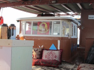 crew cabin on the dhow to Kumzar