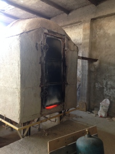 The kiln. First firing is 900℃  and the second firing is 1125℃