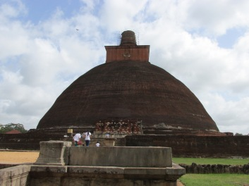 Jetavana Stupa with scaffolding around the very top piece.